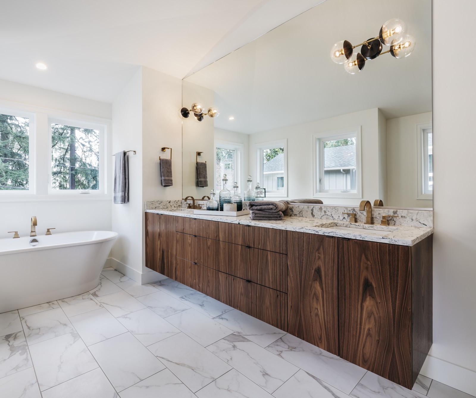 Bathroom Remodel Burbank: ITS Remodeling & Construction